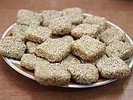 Bánh Khô Mè