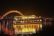 Đà Nẵng các tàu du lịch đạt chuẩn trên sông Hàn đón khách trở lại