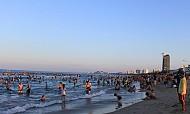 Đà Nẵng đầu tư bãi tắm công cộng khu du lịch biển Marble Mountain