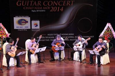 Đà Nẵng Chào Năm Mới Với Chương Trình Guitar Concert