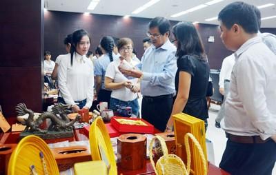 Đà Nẵng Hỗ Trợ Phát Triển Quà Lưu Niệm Phục Vụ Du Lịch