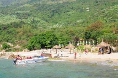 Du lịch Đà Nẵng một ngày với bãi biển Sủng Cỏ
