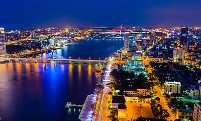 Phố du lịch xuyên đêm tại Đà Nẵng