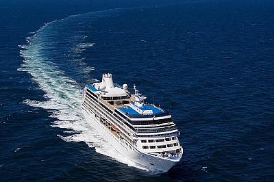 Tàu Biển Quốc Tế Azamara Quest Đến Thăm Đà Nẵng