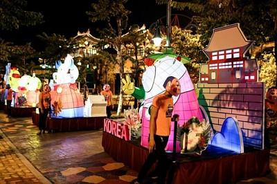 Tết Trung thu 2018 ở Đà Nẵng, liệu Asia Park có đem lại được một không gian vui chơi độc đáo.