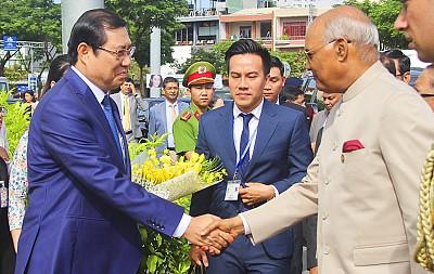 Bảo tàng điêu khắc Chăm Đà Nẵng nồng nhiệt chào đón tổng thống nước Cộng Hòa Ấn Độ cùng phu nhân