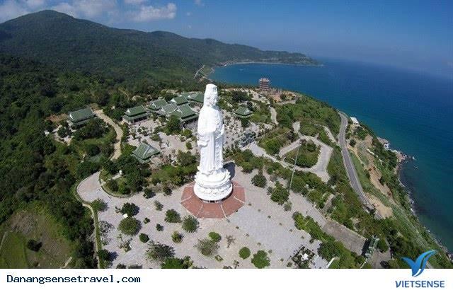 Chùa Linh Ứng là điểm du lịch địa phương của Đà Nẵng
