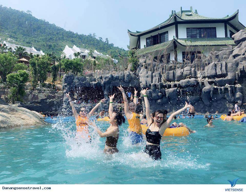 Du lịch thư giãn cùng suối khoáng nóng