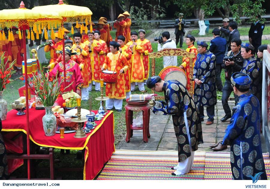Các hoạt động đón Tết cổ truyền tại các tỉnh miền Trung
